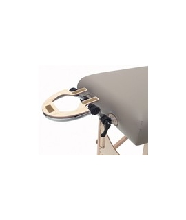 Ajustable and retractable head rest